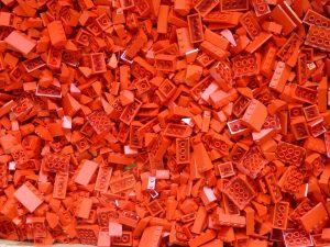 Lego rossi disordinati